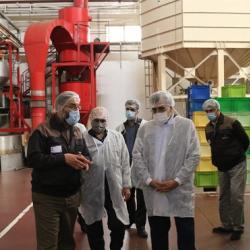 بازدید معاون امور استانها و بازاریابی از بزرگترین تولید کننده قهوه فوری در خاورمیانه